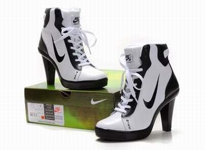 mieux aimé 406e1 43c2b Embout basket Femme Talon chaussures Talon Avec A Talon Nike ...